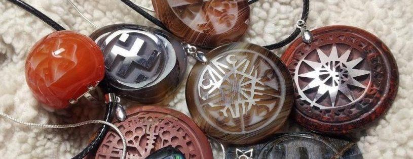 Amuletos y Talismanes de poder 1